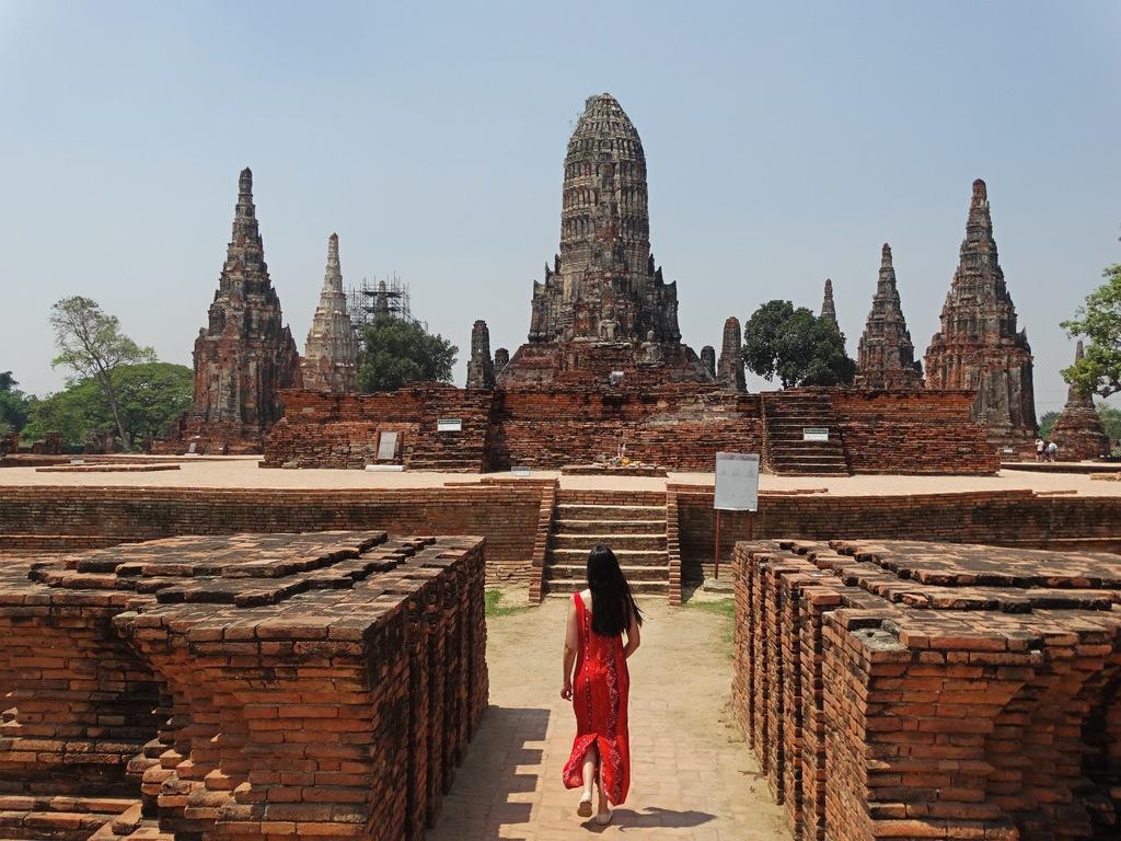O que fazer em Ayutthaya - visitar o templo Wat Chaiwatthanaram