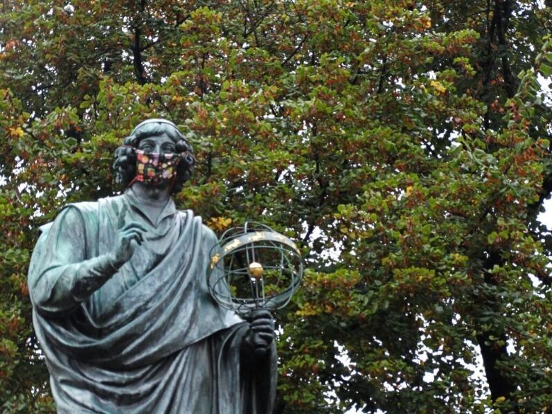 1 day in Torun - Statue of Copernicus