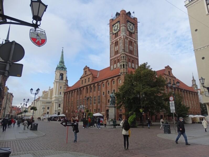 Rynek Staromiejski - A maior atração de Torun, Polónia